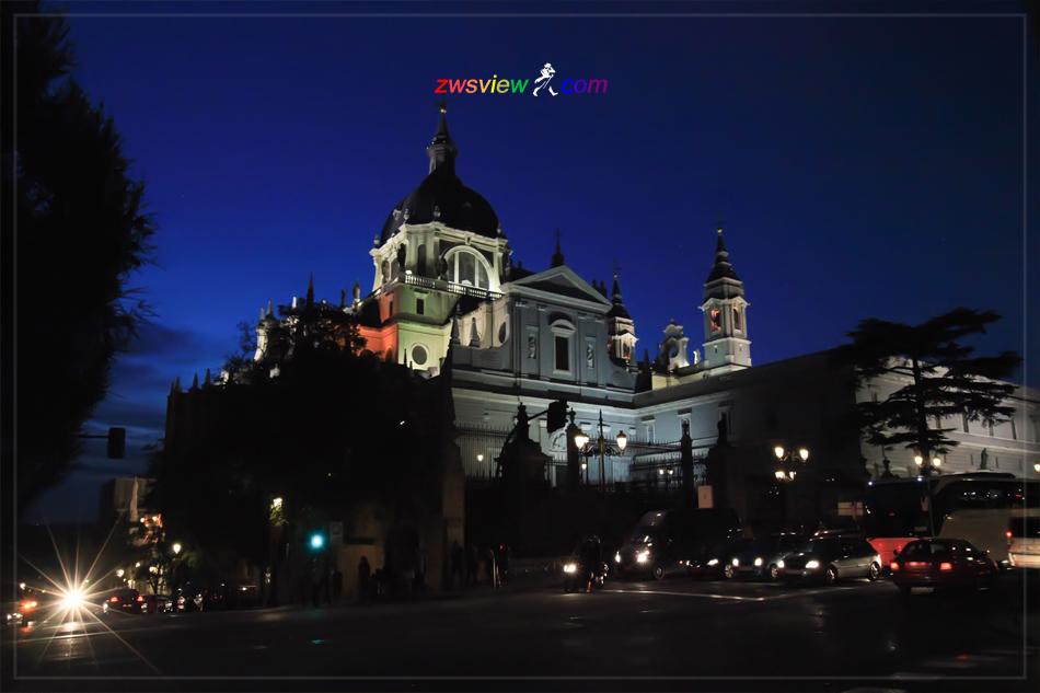 马德里阿尔穆德纳大教堂