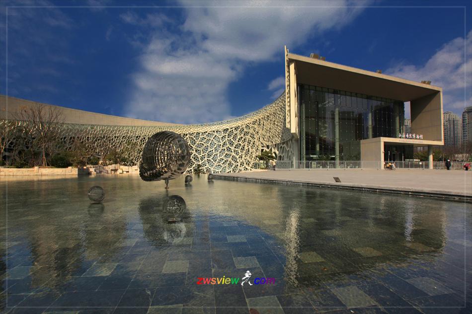 美丽的鹦鹉螺上海自然博物馆新馆建筑