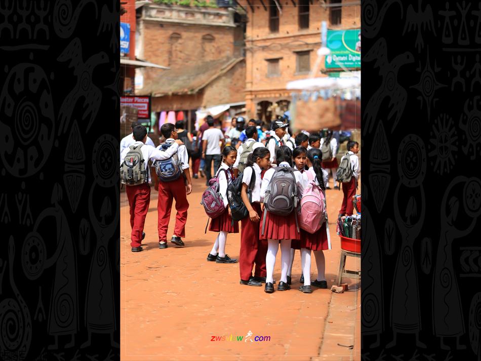 尼泊尔:穷国富教育